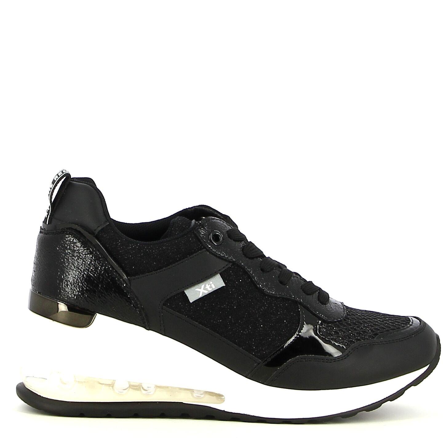 XTI - Zwart - Sneakers